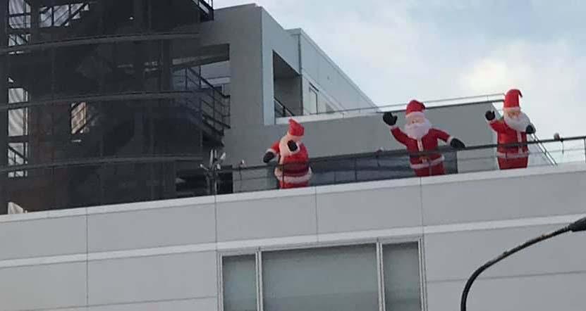 サンタが屋上に!page-visual サンタが屋上に!ビジュアル
